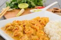 arroz con coco y camarones